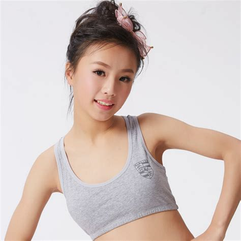 Small tits teens in bras 45 pics jpg 800x800